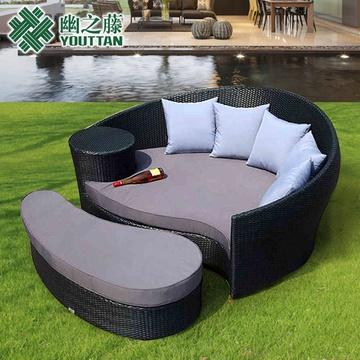 弧形欧式藤艺沙发定制家具(全套(含坐垫脚踏+5抱枕))